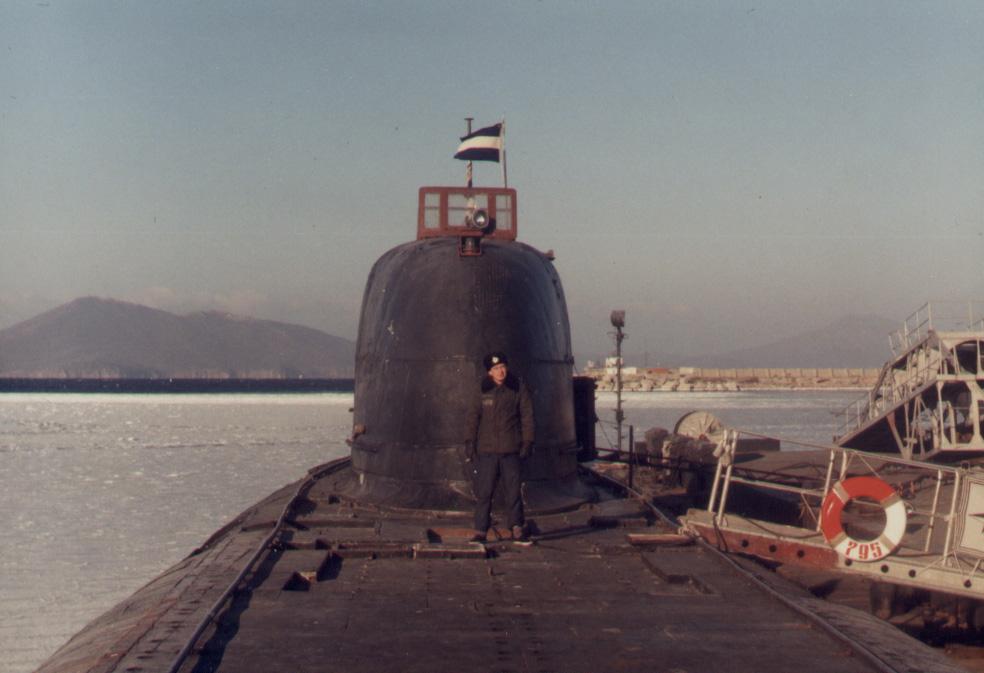 подводная лодка вокруг земли